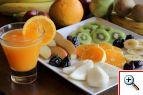 Fresh orange juice & fruits